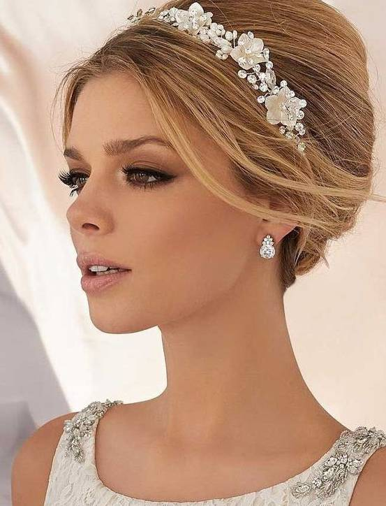 Wedding Makeup Trends for Brides in 2019 https://www.weddingery.com