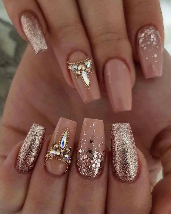 Top 20 Stunning Wedding Nail Ideas https://www.weddingery.com